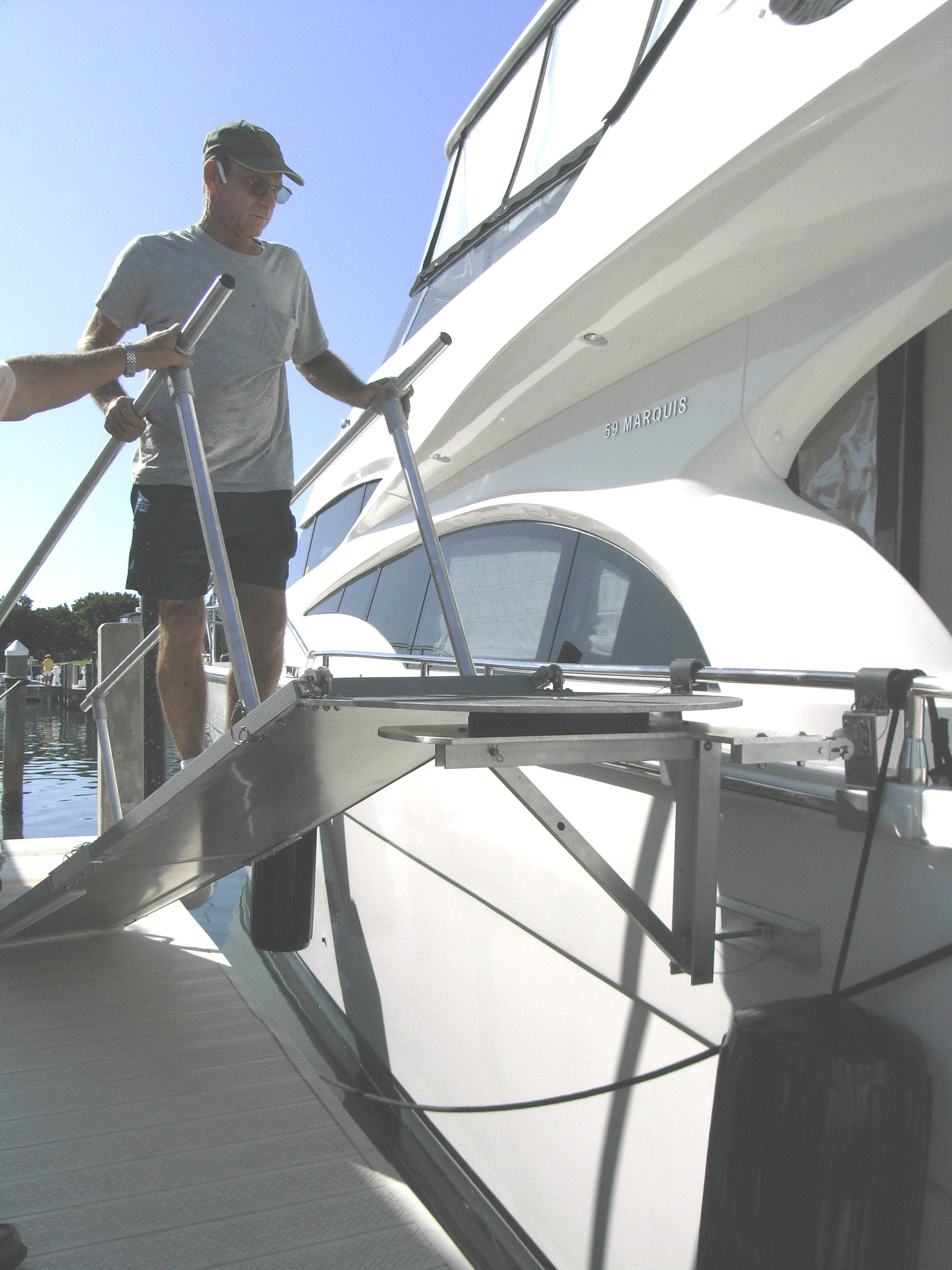 8' ramp with swivel platform on a Marquis 59