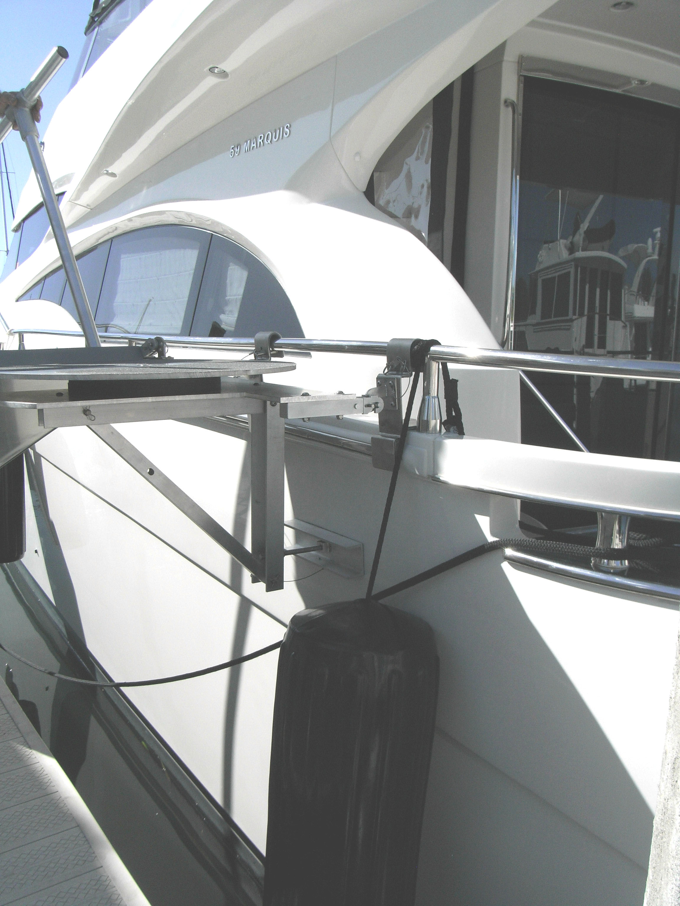 custom rail/gunnel mount on Marquis 59 w/ swivel platform